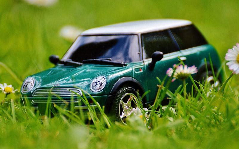 Mini Auto (Bild: Pixabay)